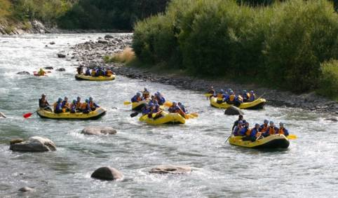Family rafting val di Sole