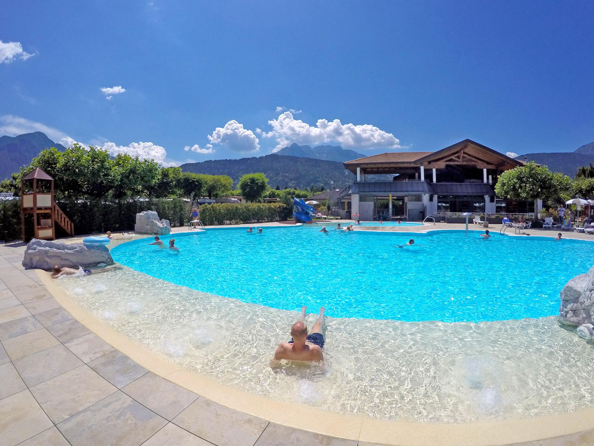 2016 uitbreiding en restyling rond het zwembad camping mario village - Ontwikkeling rond het zwembad ...